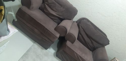 2 sofas in a very good condition