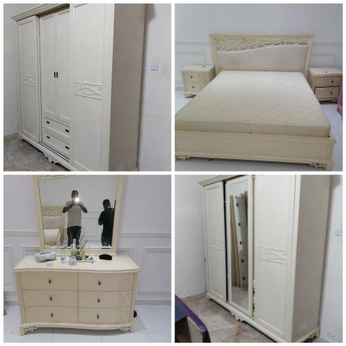 FOR SALE KING SIZE BEDROOM SET VERY GOOD CONDITION CALL:7004