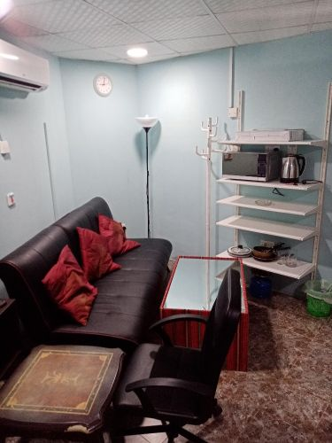 FUULY FURNISHED 1 BEDROOM.