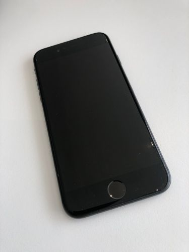 iPhone 8 - 64 for sale |