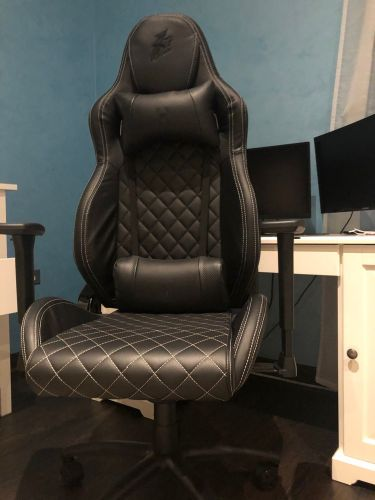 gaming chair used 1time