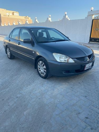 For sale Lancer very good condition big engine 1600