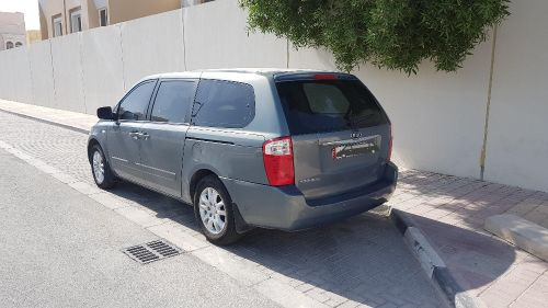 kia carnival  2007 very clean perfect condition