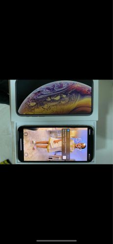 Used iPhone Xs for sale