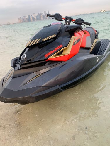 Jetski for sale 55000 Q.R