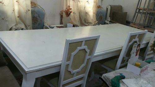 Long Whight Table