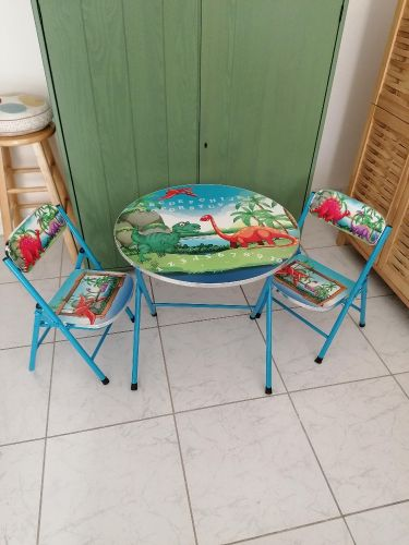 Kids  Dinosoare Table & Chairs