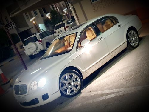 Perfect Clean Bently Continental