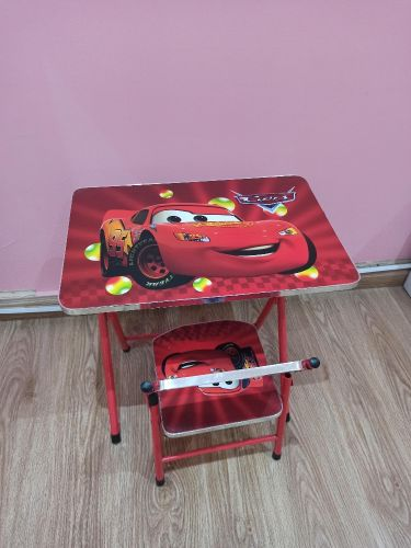 excellent kids table+chair