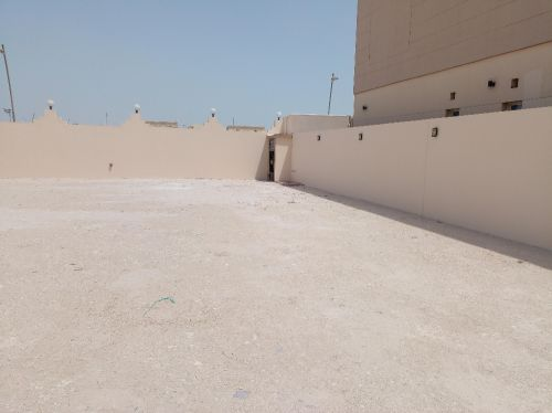 land for monthly rent
