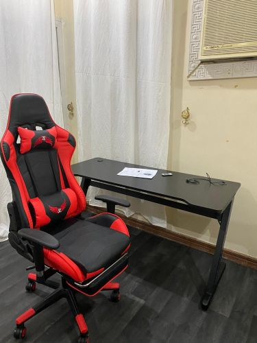 Gaming Chair and 3D gmaing Table