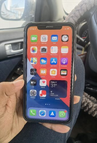 iphone xr 128Gb black for sale
