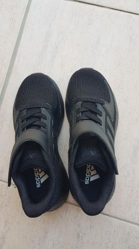 Sport shoes for boy size 30.5
